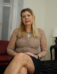 Horny mature lady doing her toy boy