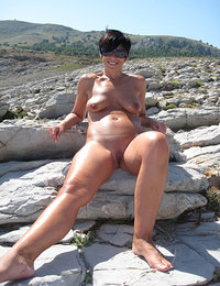 mature nude videos