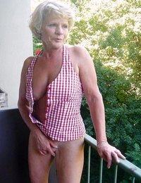 Gigapron mature mom pics