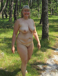 Gigapron horny mature women